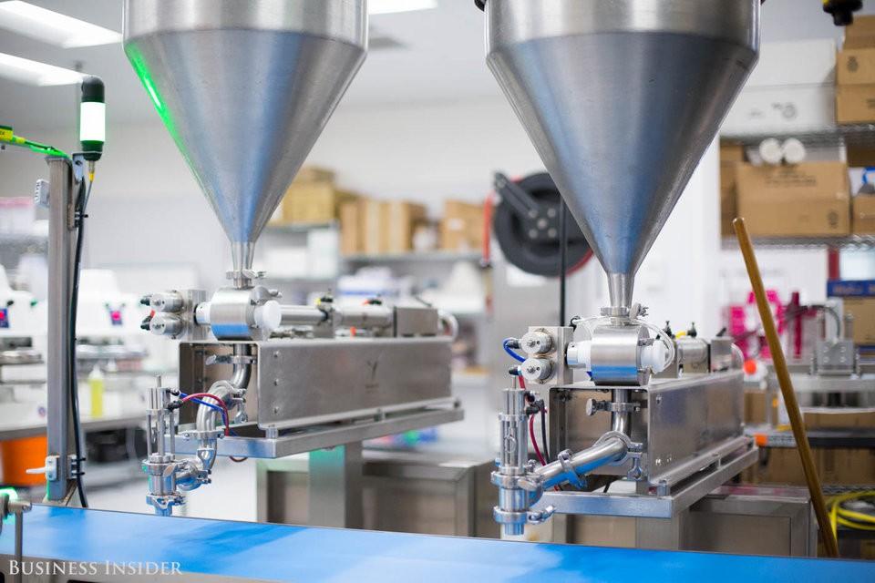 Cận cảnh robot làm pizza của startup sắp được rót vốn 750 triệu USD - Ảnh 4.